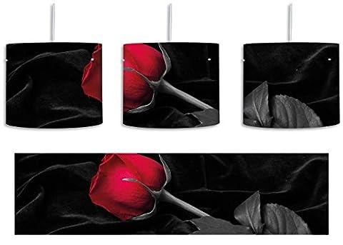 rote Rose gebettet auf schwarzem Samt schwarz/weiß inkl. Lampenfassung E27, Lampe mit Motivdruck, tolle Deckenlampe, Hängelampe, Pendelleuchte - Durchmesser 30cm - Dekoration mit Licht ideal für Wohnzimmer, Kinderzimmer, Schlafzimmer