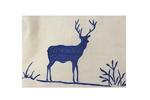 Zirbenkissen blau kariert mit Hirsch Stickerei befüllt mit Zirbenflocken aus 100% Alpen Zirbenholz in extra Inlett Größe 40x40 cm -
