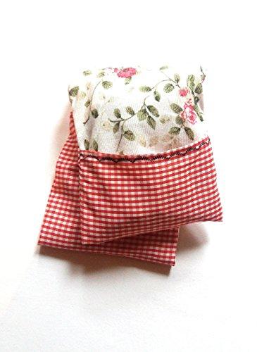 saco-termico-de-semillas-de-trigo-con-funda-lavable-y-combinacion-de-tela-de-flores-y-vichy-roja