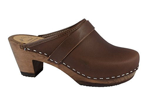 oiled-leather-clogs-brown