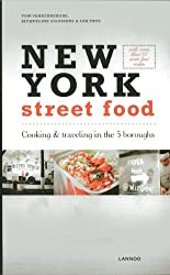 New York Street Food by Jacqueline Goossens (2013-10-16)
