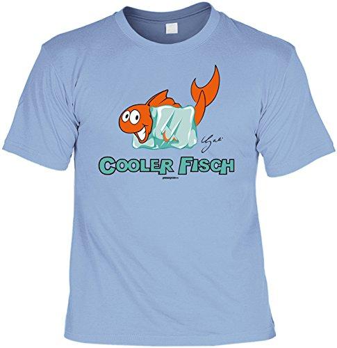 Fun T-Shirt mit witzigem Motiv: Cooler Fisch, Fisch mit Eiswürfel - Geschenk - by Gali - Farbe Hellblau Hellblau