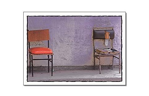 """Postkarte Nr32 - Titel: """"Lass uns reden"""" - Motiv: Alte Stühle - von Tom Bäcker"""