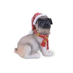 Weihnachtsfigur, Mops mit Schal und Mütze, aus Kunstharz