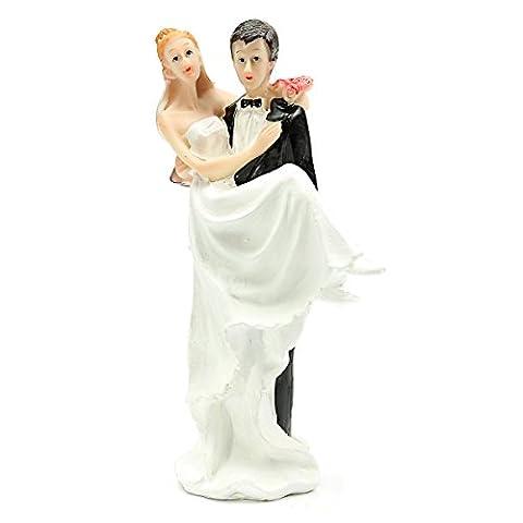TOOGOO(R) FUNNY ROMANTIC WEDDING CAKE TOPPER FIGURE BRIDE GROOM COUPLE Bride the bridegroom hold