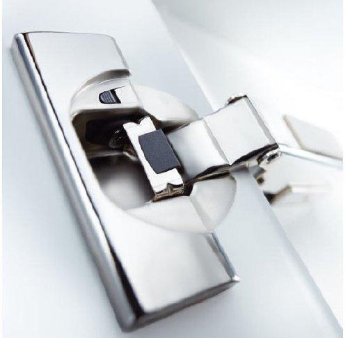 Topfband Eckanschlag 4er-Set: BLUM Clip Top mit Schließautomatik Scharnier mit Einzug-Dämpfung inclusive Montageplatte