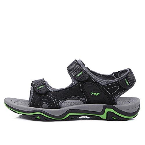 Gomnear Des sandales Hommes Été Sandale Cuir Mode Plage Pantoufle Décontractée Chaussures Avec velcro pratique Noir