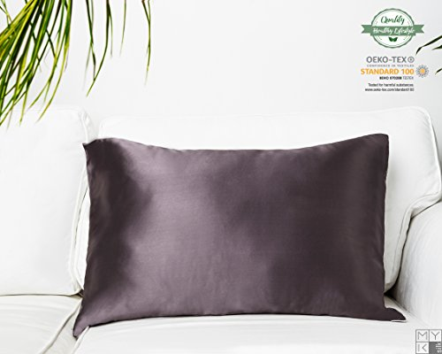 MYK Silk – 100% Maulbeerseide Kissenbezug, 19 Momme, 40 x 80 cm Baumwollunterseite in hellbeiger Farbe.