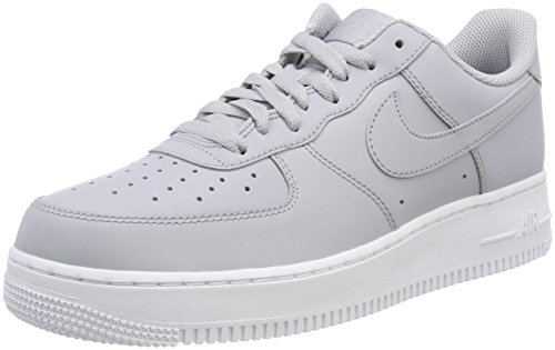 hot sale online d8c94 d5ffb Nike Air Force 1  07, Baskets Homme, Gris Wolf Grey-White 010