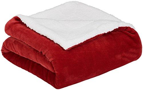 AmazonBasics - Decke aus Mikro-Kunstfell und Sherpa-Fleece - 150 x 200 cm, Rot