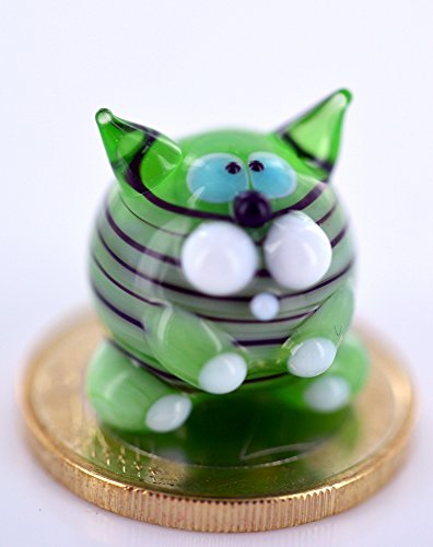Katze Mini Grün Schwarz Gestreift - Miniatur Glas Figur mit Streifen - Tiger Kater Glücksbringer (Patricks St Day Miniaturen)