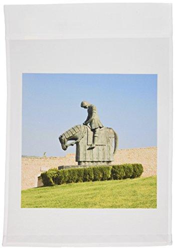 3dRose FL_82192_1 Italienische Umbrien, Assisi-Kathedrale, Statue der St, Francis-EU16 RTI0066-Rob Tilley Gartenflagge, 30,5 x 45,7 cm