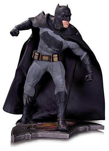 Estatua Batman, El Amanecer Justica, Batman v Superman