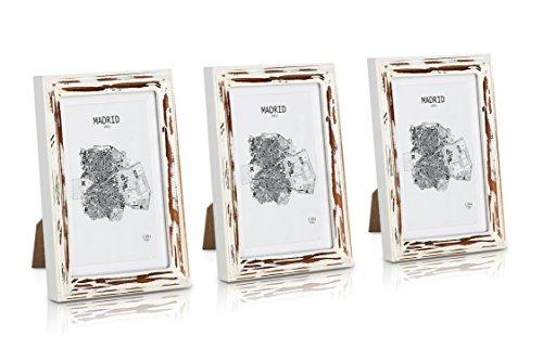 Bilderrahmen Weißen 10x13 (Shabby Chic Bilderrahmen 13x18 cm - 3er Set - Glasfront - mit Passepartout für 10x15 Fotos - 2 cm Rahmenbreite - Echtholz - Braun Weiß)