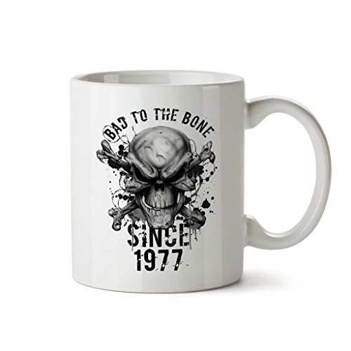 mug-a-cafe-anniversaire-40-ans-pour-hommes-avec-inscription-bad-to-the-bone-since-1977-cadeaux-danni