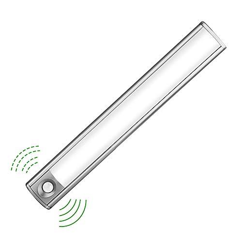 LED Schrankbeleuchtung mit Lichtsensor, 33 LED Nachtlicht mit Bewegungssensor und Helligkeitssensor, Akku-Schrankleuchte für Kleiderschrank,Flur, Treppe, Küche, Keller, Garage, Schrank, Regal etc -