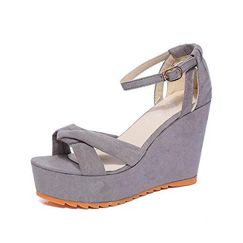 Der neue weibliche hochhackige Sandalen Hang mit dem Fischkopf flach Mund Gürtelschnalle Schuhen mit wasserdicht Sandalen Wort Grey