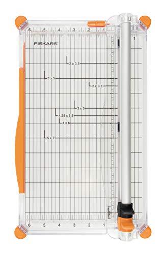 Fiskars Cizalla Grande para Papel, A4, Con guía de la línea de corte, Incluye Cuchilla de Marcado y Cuchilla de Corte, SureCut Plus, 1020504