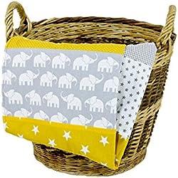 Colcha para bebé de ULLENBOOM ® con elefantes amarillo (manta de arrullo para bebé de 70x100 cm, ideal colcha para el cochecito; apta alfombra de juegos)