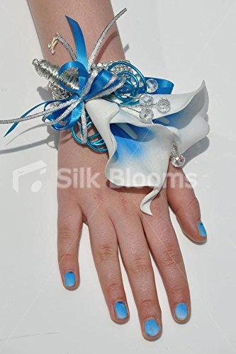electric-blue-silk-vermeer-calla-lily-wedding-wrist-corsage