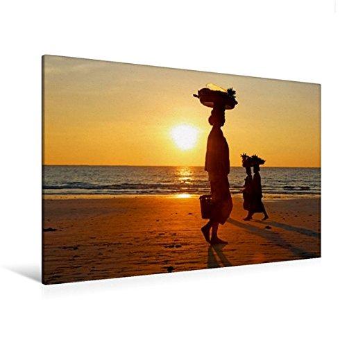 Calvendo Premium Textil-Leinwand 120 cm x 80 cm Quer, Verkäuferinnen am Ngapali Beach | Wandbild, Bild auf Keilrahmen, Fertigbild auf Echter Leinwand, Leinwanddruck Orte Orte