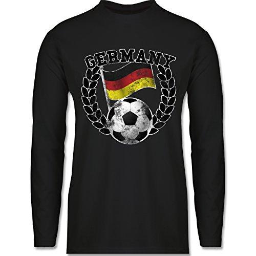 f8f3398ff7d7af Shirtracer FußballWM 2018 Russland Germany Flagge Fußball Vintage Herren  Langarmshirt Schwarz