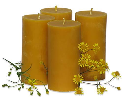 4 große Kerzen à 360 Gramm aus Bienenwachs, Höhe 12,5 cm, Durchmesser 6,5 cm. BIENENWACHSKERZEN aus reinem Imkerwachs - aus der Schwarzwälder Kerzenmanufaktur