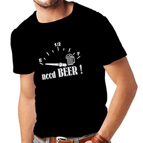 lepni.me Männer T-Shirt Ich Brauche mehr Bier! Lustiges Geschenk, Trinkbar - Party - Slogans (X-Large Schwarz Weiß)