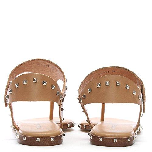 Daniel Sandales de Post Mavor Beige en Cuir Clouté Orteil Beige Leather