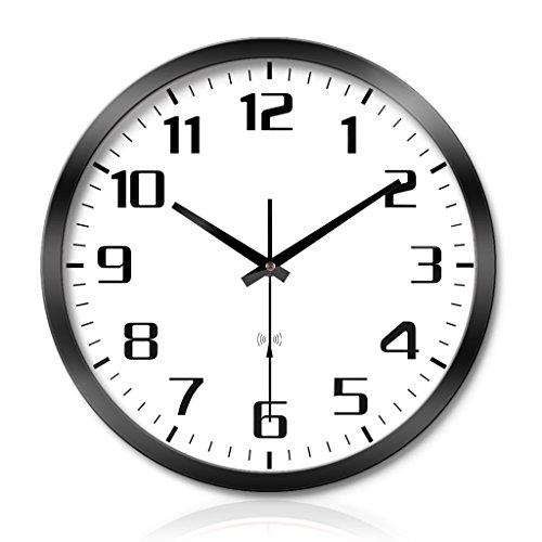 LINA Montres Salon Chambre Créative Personnalité Simple Tendance Métal Horloge Murale Silence Numérisation Trois Générations Smart Radio Horloge Automatique Horloge