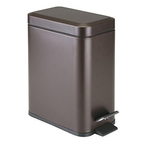 mDesign Cubo de basura rectangular - 5 litros - Compacto contenedor de residuos con cubeta interior para oficina, baño o dormitorio - Moderna papelera de metal y plástico - bronce