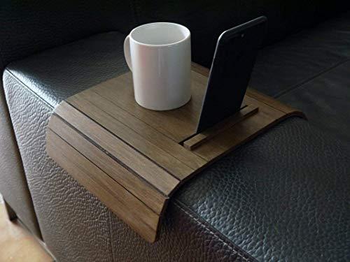 Holz sofa armlehnentisch mit telefon und ebook reader stehen in vielen farben wie dunkle nussbaum Armlehnentablett Moderner tisch für couch Klein schleichendes sofatisch Armlehne flexibel tablett -