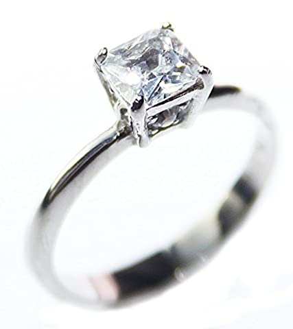 Ah! Jewellery® 4ct Highly Polished Stainless Steel Solitaire Ring. Fitted with a Princess Cut 8.5mm High Grade Lab Simulated Diamond. 3.20gr. Never Tarnish Guarantee. Stamped 316L
