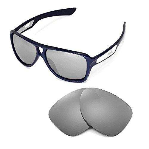 Walleva Ersatzgläser für Oakley Dispatch II Sonnenbrille - Mehrfache Optionen (Titanium Mirror Coated - Polarisiert)