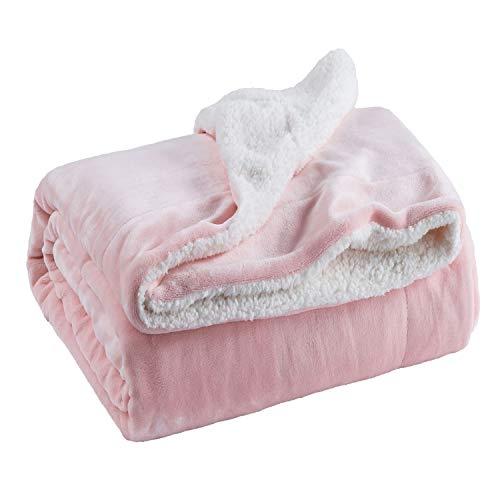 Bedsure Flauschige Kuscheldecke 150x200cm Rosa Decke mit super weiche Sherpawoll, Zweiseitige Uni Sofadecke, Leichte Mikrofaser Fleece Decke Überwurf für Sofa und Couch