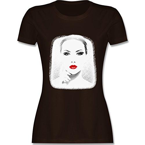 Hipster - Frau Rote Lippen - tailliertes Premium T-Shirt mit Rundhalsausschnitt für Damen Braun