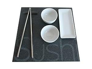 Assiette en ardoise design avec 2 ramequin diametre 6.5cm et petit plat 14x6cm2 baguettes metal et un support baguette ardoise. Assiette 25x25cm