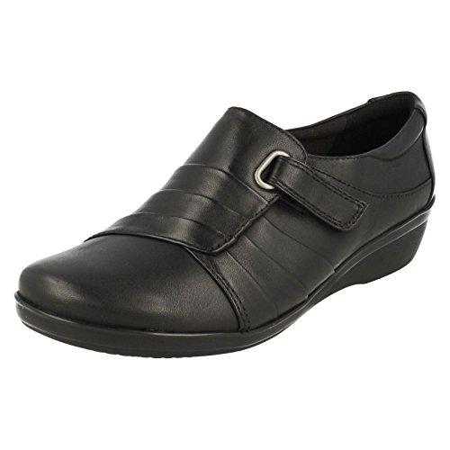 CLARKS Clarks Womens Shoe Everlay Luna Black Leather 4.5 E