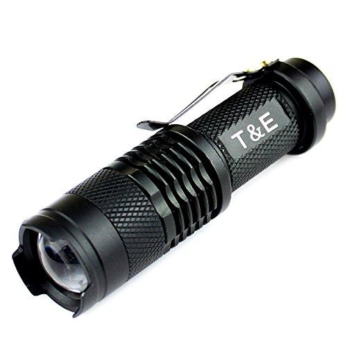 Preisvergleich Produktbild Taschenlampe Super Helle Hochleistungs Mini Cree Led , 700 Lumen, Einstellbarer Zoom, 3 Beleuchtungsmodi, Stoßfest, Wasserdicht, Schwarzes Aluminium, Outdoor-Sports