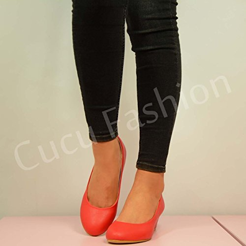 Cucu Fashion ,  Damen Durchgängies Plateau Sandalen mit Keilabsatz Rot