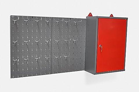 Metallschrank inklusive Hakenwand mit 20 Haken und Euro Lochung. Aus