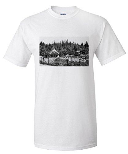 humboldt-county-california-exterior-view-of-eel-river-inn-premium-t-shirt