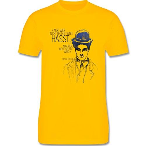 Statement Shirts - Charlie Chaplin - Zitat aus der Rede des großen Diktators (Film) - Herren Premium T-Shirt Gelb
