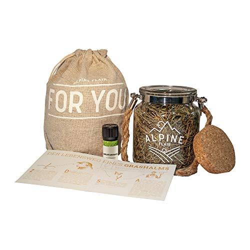 100% natürliches Mountaingrass / Bergheu Duftbouquet Set, Booklet mit Geschichte zum Lebensweg eines Grashalms, 5ml ätherisches Öl, JuCO Geschenksbeutel, Aromatherapie, Aromayoga, Raumbeduftung -