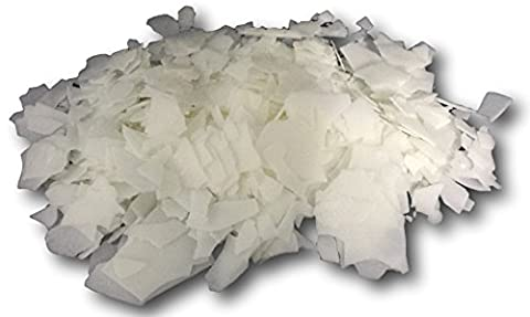 500g - 5KG Eco soy / eco soya wax flakes. Container candle wax flakes CB 135, perfect for candle making and container candles. Made from eco friendly soy wax, a great alternative to paraffin wax (500g)