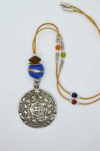Lunga collana in cuoio con medaglione in argento zama, gioielli bohemien
