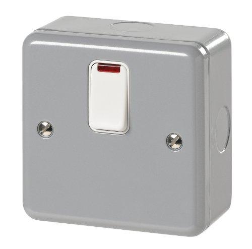 MK Metalclad Plus k5242Alm 20Amp-Schalter mit Dreipoliger Flex Steckdose und Neon (Steckdose 20 Amp)