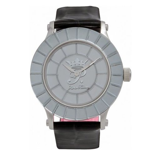paris-hilton-celebration-mujer-reloj