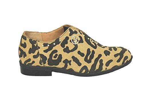 Lacets À Femme Et Marron Coupe Z5565 Classique Armani Chaussures qZ4xwtZB 594e39273aed