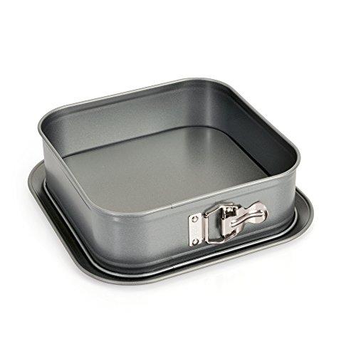 KAISER Springform quadratisch 24 x 24 cm Gourmet gute Antihaftbeschichtung Auslaufschutz ergonomischer Edelstahlverschluss